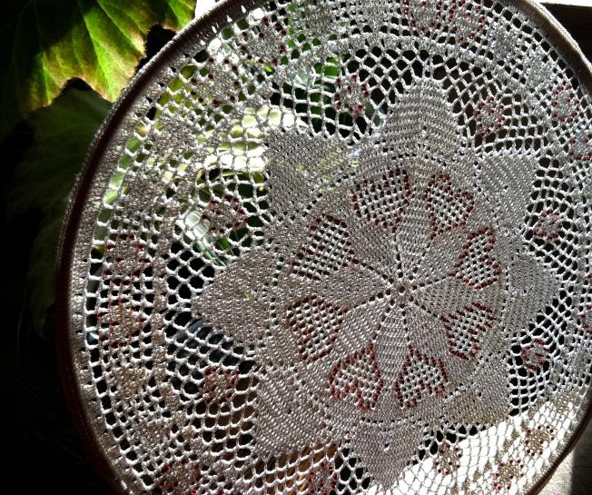 Beaded Lace Crochet Hearts mat by Susan Lombardo