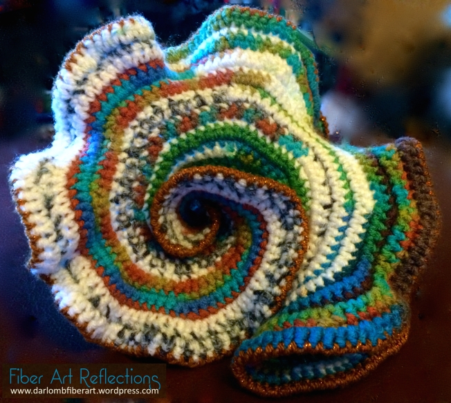 Crochet hyperbolic plane